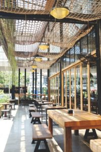 Thiet Ke Tran Quan Cafe Dep (3)