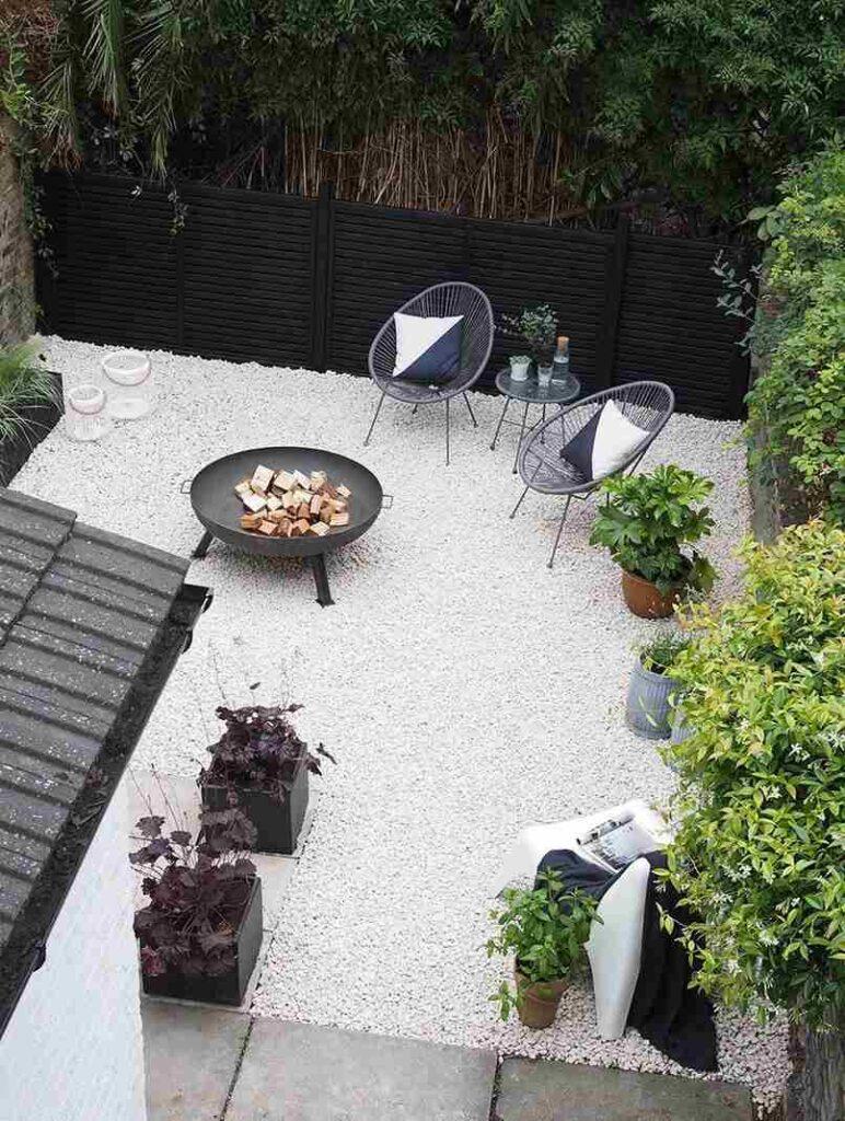25 Ý tưởng sân vườn nhỏ sau nhà