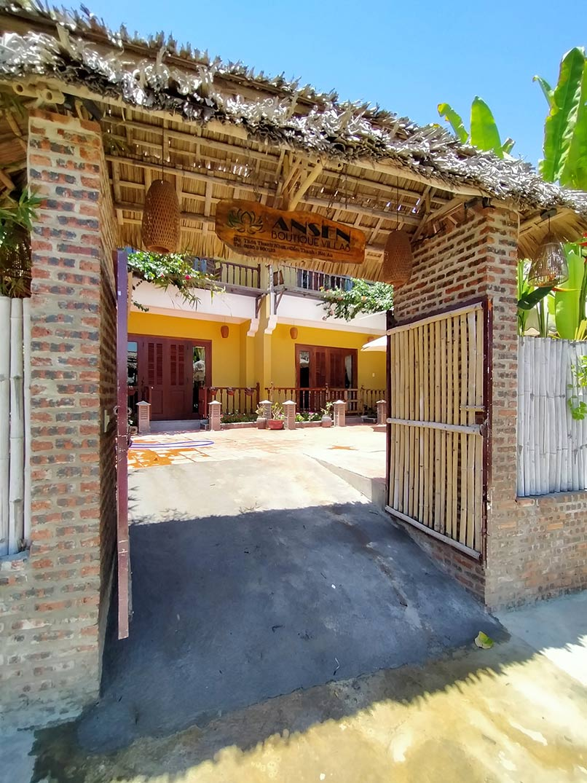 Thi Cong Noi That Villa Hoi An 1