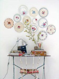 trang trí tường bằng đĩa ăn (21)