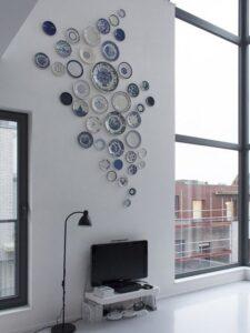 trang trí tường bằng đĩa ăn (26)