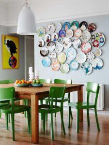 trang trí tường bằng đĩa ăn (5)
