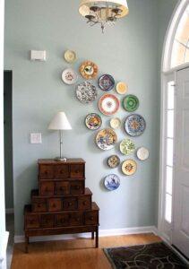 trang trí tường bằng đĩa ăn (7)
